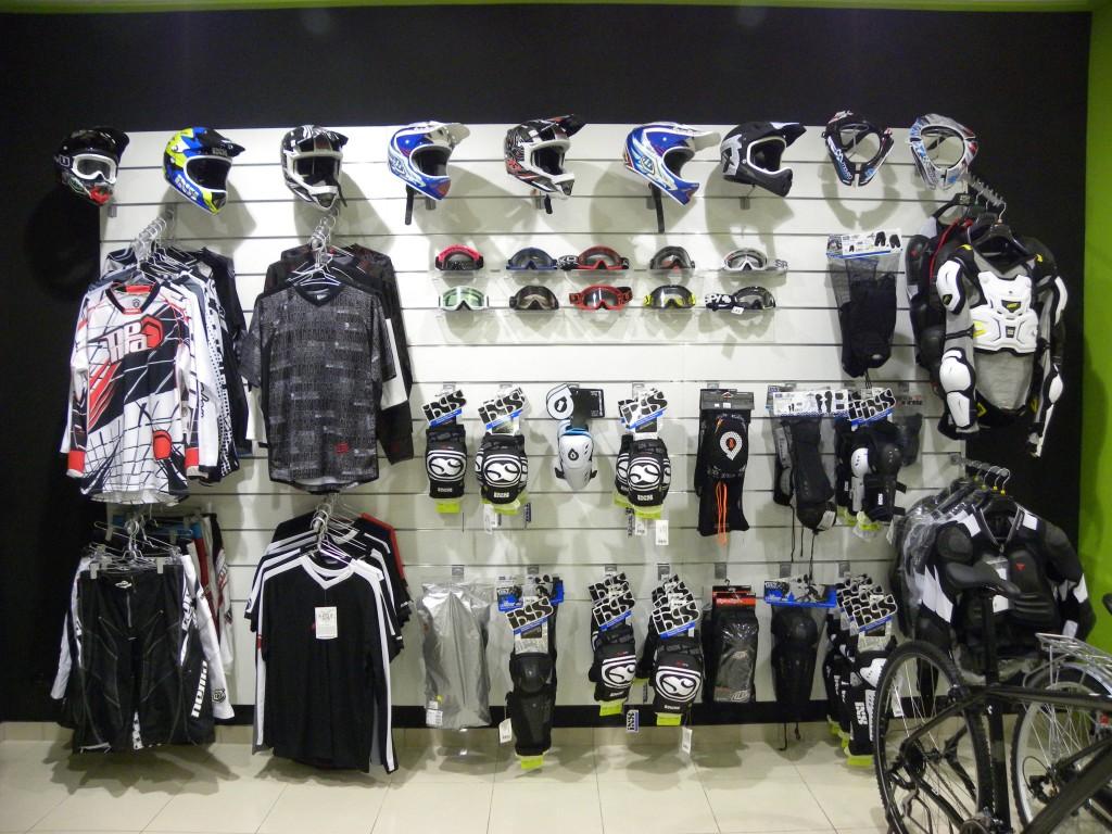 Protecciones_y_cascos_bicicleta_enduro